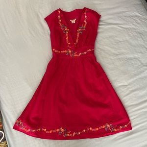 Dress - guess size small. Gently used